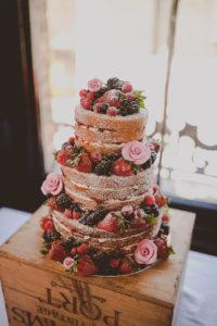 wedding-cake-weddingsumbria-1